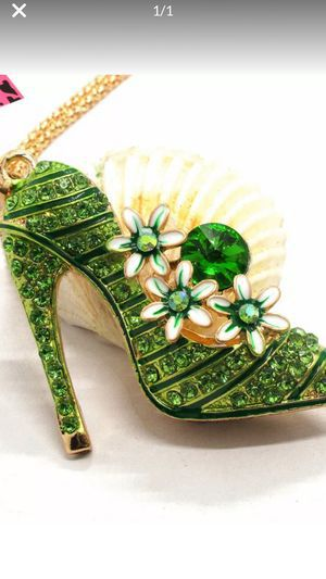 Betsey Johnson 3 d Cool SEXY RHINESTONE lime color Heel /shoe necklaces cute style great gift on gold chain gift boxed I ship for Sale in Northfield, OH
