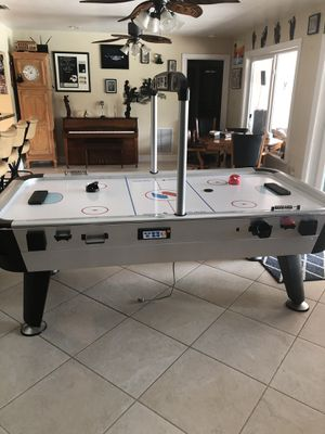 Sport craft Full size Air Hockey Table for Sale in Davie, FL