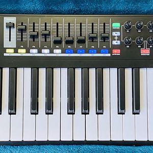 M-Audio Code-49 MIDI Controller 49-key Black for Sale in Fort Lauderdale, FL