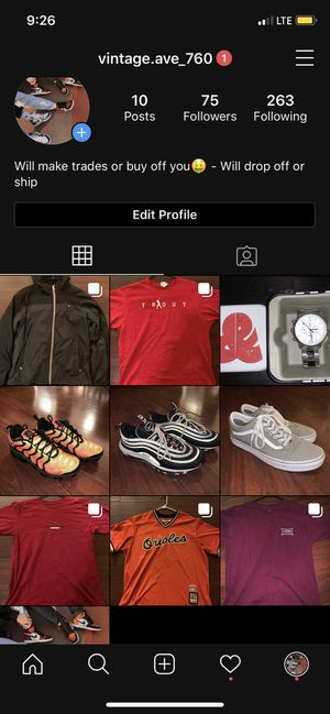 Selling all these things add me for more details or hmu, shoes, shirts, jersey for Sale in Desert Hot Springs, CA