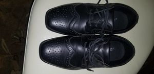 Used boys dressed up shoes only used once for a wedding size 5 for Sale in Alta Loma, CA