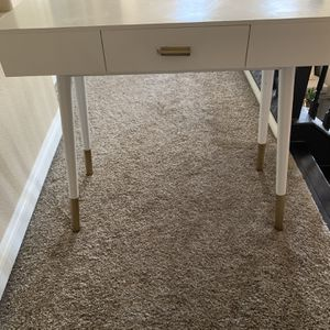 Desk for Sale in Riverside, CA