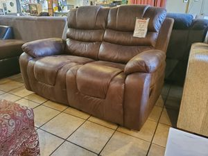 Loveseat motion recliner for Sale in Santa Fe Springs, CA