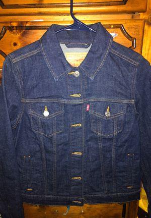 Levi's women's jacket for Sale in La Puente, CA
