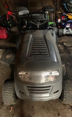Craftsman riding lawn mower for Sale in Cleveland, OH