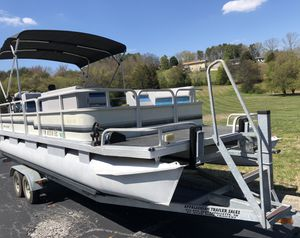 24Ft Riviera Cruiser for Sale in Knoxville, TN