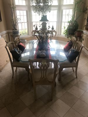 Glass dining room table and chairs for Sale in Annandale, VA