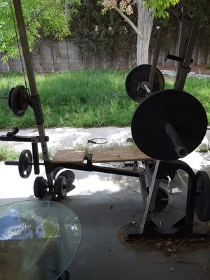 Golds! free weight/ universal for Sale in Las Vegas, NV