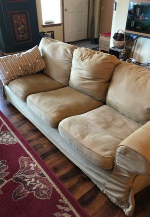 Love seat, chair and ottoman. for Sale in Spanaway, WA
