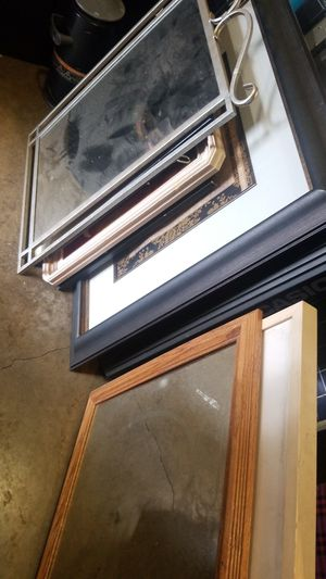 Mirror and wall frames $5 each for Sale in Kent, WA