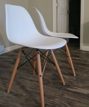 Poly and Bark Vortex Side Chair, white for Sale in Wilmore, KY