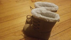 Girl winter boots for Sale in Bloomfield, CT