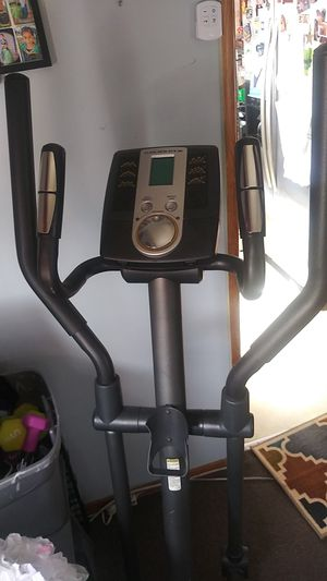 Elliptical used 380 stride trainer for Sale in Los Angeles, CA