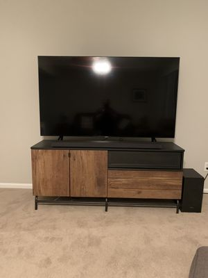 65 inch samsung q80r for Sale in Jacksonville, NC