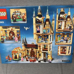 BRAND NEW! Harry Potter Astronomy Tower LEGO 971pcs! for Sale in Stoughton, MA