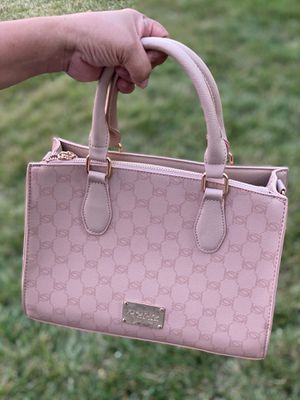 New bebe - purse for Sale in Gaithersburg, MD