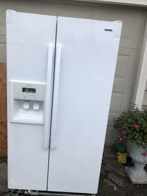 Refrigerator for Sale in Mountlake Terrace, WA