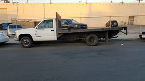 2000 chevy 3500 flat bed for Sale in Los Angeles, CA