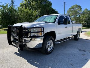 2011 Chevy Silverado 2500 hd extended cab long bed for Sale in St.Petersburg, FL