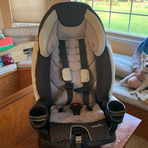 Even flow booster Car Seat for Sale in Fresno, CA