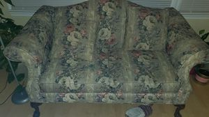 Flowery love couch for Sale in Norfolk, VA