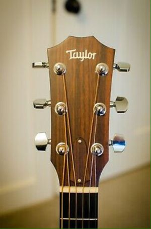 Taylor 314ce Acoustic / Electric Guitar w/ OHSC for Sale in Moorpark, CA
