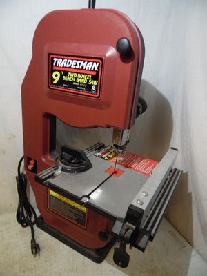 "Tradesman Power Tools #8166L 9"" Two Wheel Bench Band Saw 2.5 Amp 2850 RPM for Sale in Upper Darby, PA"