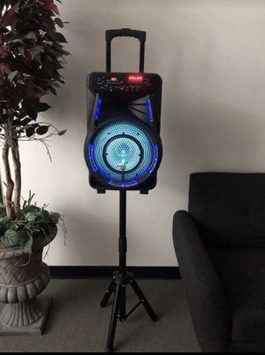 "12"" inch reachargable Bluetooth karaoke speaker with microphone, stand and remote control for Sale in Tracy, CA"