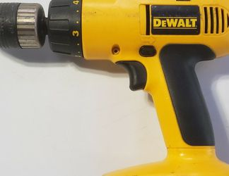 DeWalt 18v Cordless Hammer Drill, DW997 for Sale in Euless,  TX