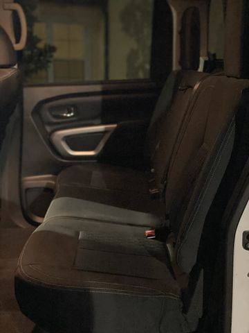 2017 Nissan Titan Crew Cab