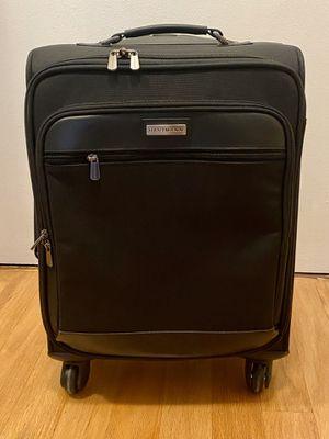 """Hartmann Intensity 20"""" Mobile Traveler Spinner Luggage for Sale in Alexandria, VA"""