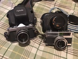 2 vintage cameras from late 60's for Sale in Elizabethton, TN