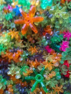Hundreds of Vintage Starflake Beads for Sale in Kearns,  UT