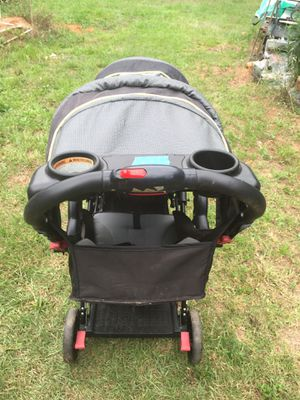 Sit and stand stroller for Sale in Irmo, SC