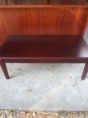 NICE COFFEE TABLE for Sale in Tampa, FL