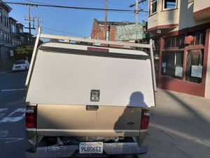 Camper shell para ford 7 pies for Sale in South San Francisco, CA