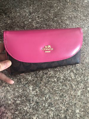 Women's wallet for Sale in La Mesa, CA