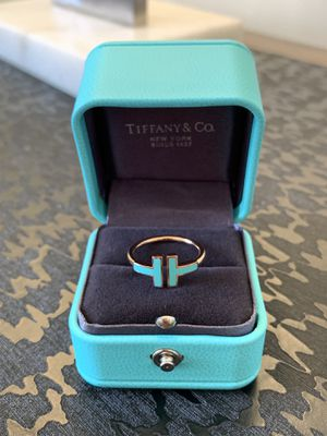 Tiffany & Co Turquoise T Wire 18k rose gold Ring for Sale in Weehawken, NJ