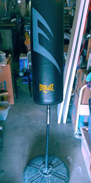 Everlast Upright Stand-up Punching Training Bag for Sale in Chandler, AZ