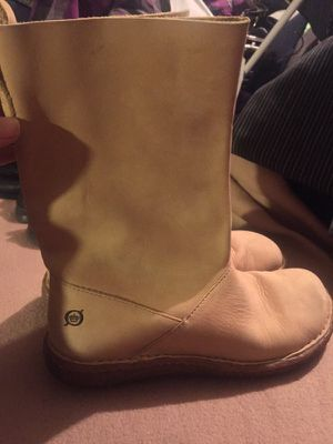 Hand crafted leather boot size 6 for Sale in Goodyear, AZ