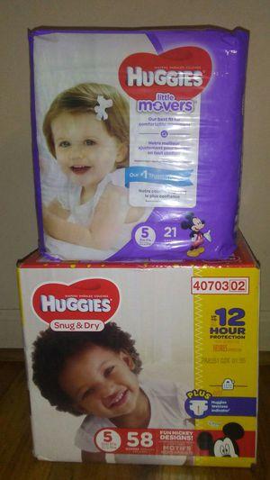 Huggies sz 5 for Sale in Warren, MI