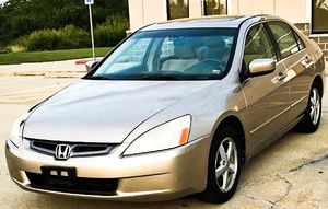 Price $$6OO Honda Accord 2004 One Owner! Excellent Condition for Sale in Denver, CO