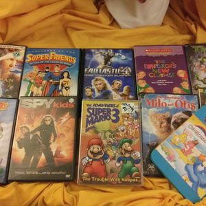 COLLECTION OF 12 CHILDRENS DVDS for Sale in Simpsonville, SC
