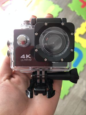 Brand new 4k action camera waterproof with accessories for Sale in Fort Lauderdale, FL
