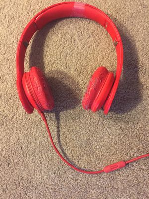 Beats by Dre solo - read description for Sale in Shorewood, WI