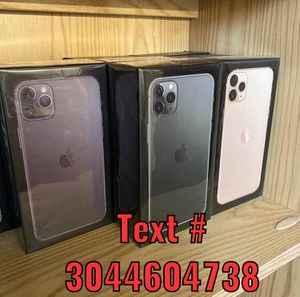 Brand New Apple iPhone 11 Pro Max 256gb for Sale in Lacon, IL