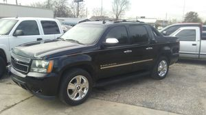 Chevy Avalanch for Sale in Houston, TX