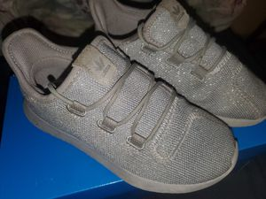 ADIDAS SHOES SIZE 13 FOR KIDS for Sale in San Diego, CA