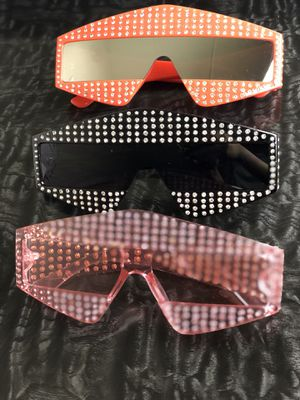 Fashionable sunglasses for Sale in Hyattsville, MD
