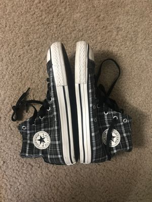 Converse Chuck Taylor All-Star size 5y for Sale in Nashville, TN